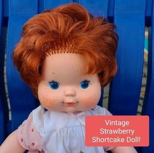 Vintage Strawberry Shortcake Doll!